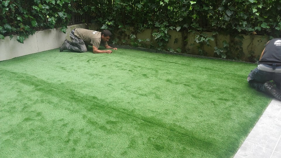 Cesped artificial donostia colocaci n 7 jardiner a - Colocacion cesped artificial ...